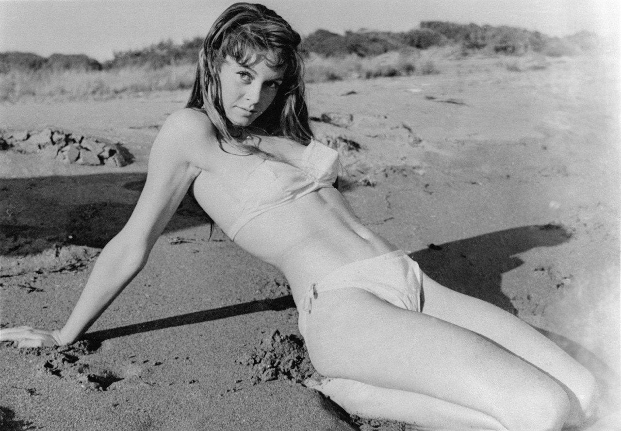 Brigitte Bardot Beach Side In 20 Vintage Photographs Brigitte Bardot Bardot Swimsuit Inspiration
