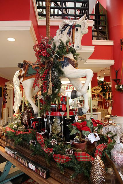 WOW! This is such a great Christmas display CHRISTMAS IDEAS - christmas carousel decoration