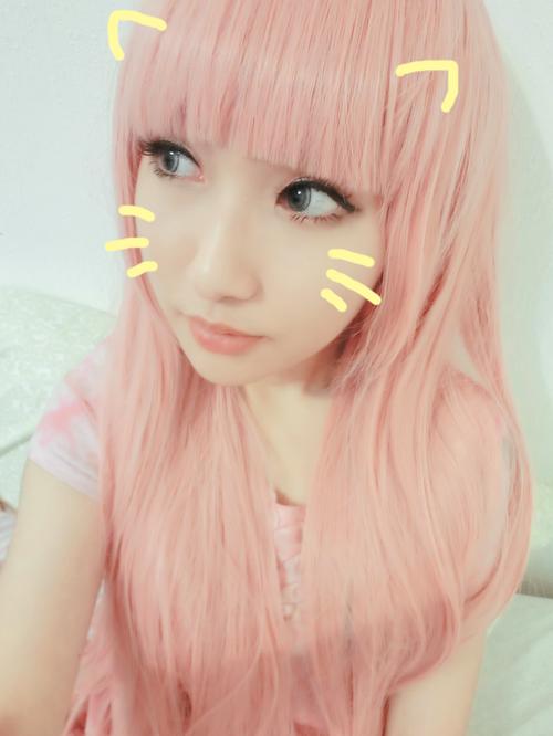 cabelo rosa clarinho ;)