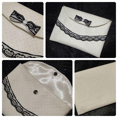 Pochette pour tablette ou autre utilisation. En simili cuir blanc avec paillette, dentelle fine https://www.facebook.com/pages/Cr%C3%A9ation-Carol/632482670129033?ref=tn_tnmn