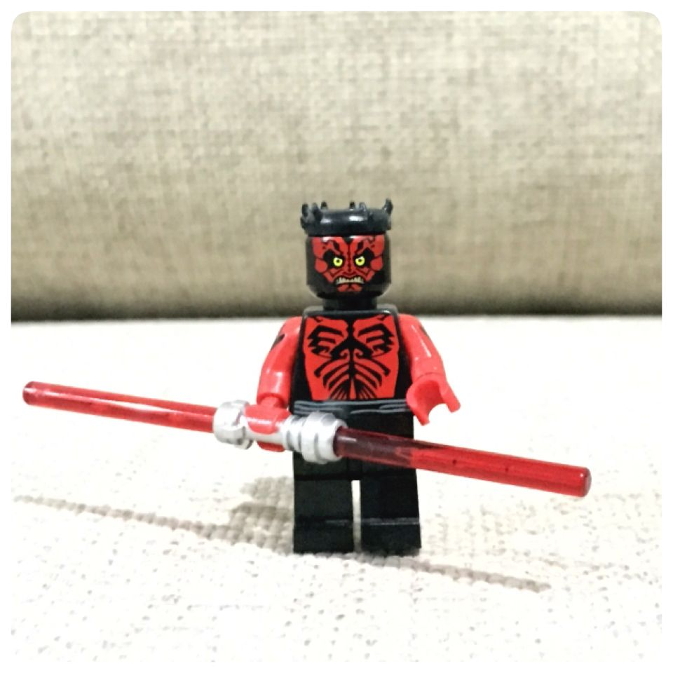 Darth Maul Is A Star Wars Episode 1 The Phantom Menace Minifigure Originally Released In 1st Year Of Leg Dark Lord Of The Sith Star Wars Episodes Darth Maul