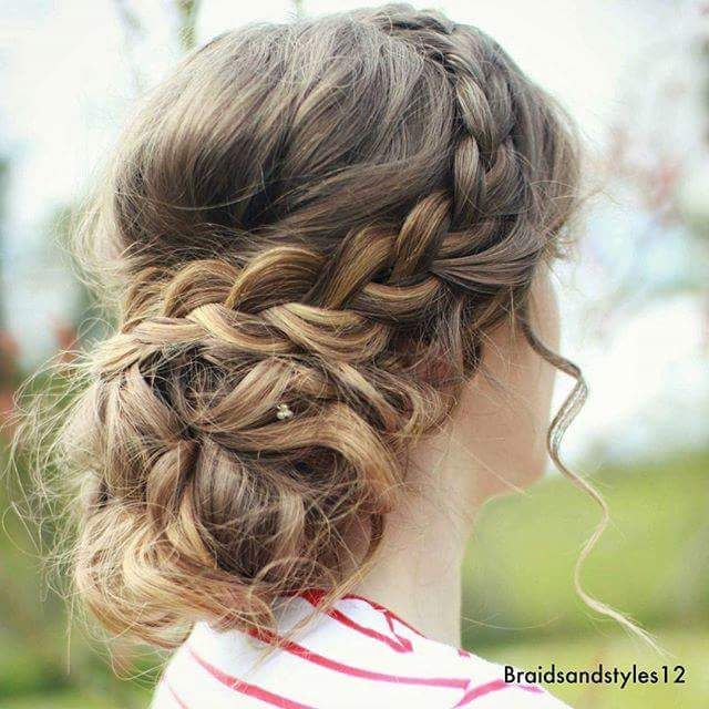 47 Messy Updo Hairstyles That You Can Wear Anytime Anywhere