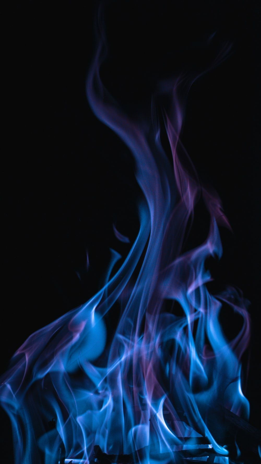 Blue And Purple Flame In 2020 Blue Aesthetic Dark Black And Blue Wallpaper Dark Blue Wallpaper