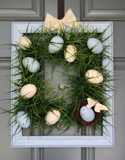 Square Grass wreath - spray paint and speckle plastic Easter eggs ...