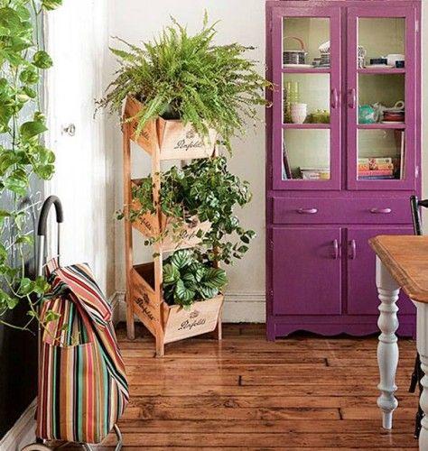 sala com jardim vertical pequeno