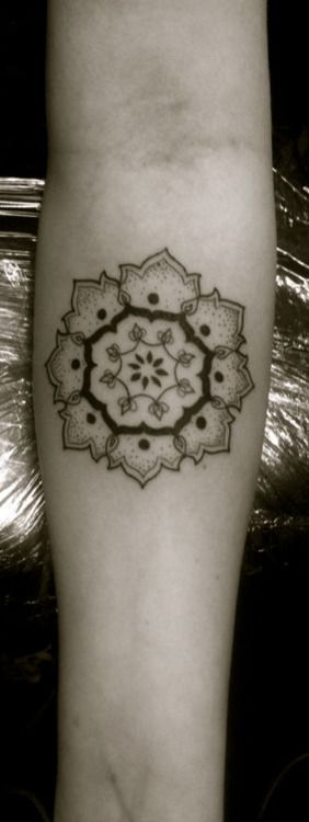 simple mandala, play with this and the compass motif