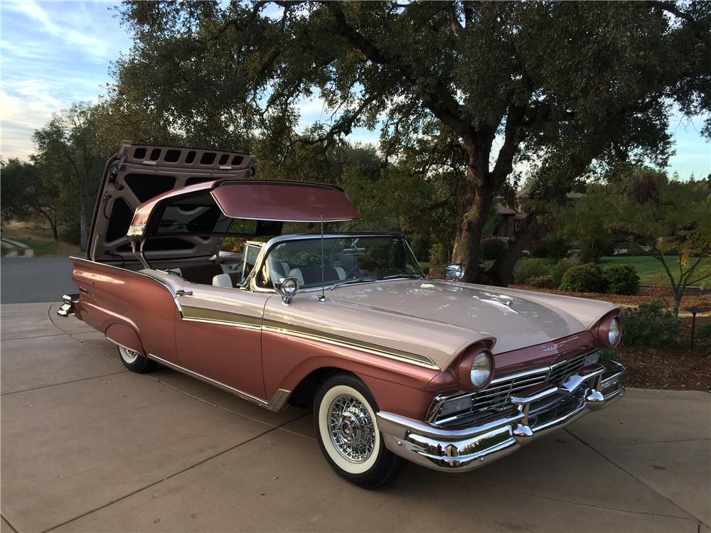 Built By Jerry Miller Classic Cars Of Springdale Ar Total Restoration With Every Nut And Bolt Restored Or Replace Ford Convertible Ford Fairlane Ford Galaxie