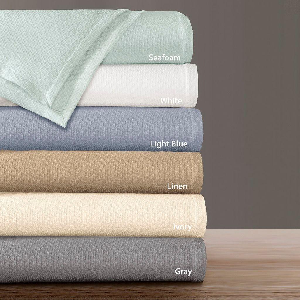 Premier Comfort Liquid ed Woven Blanket