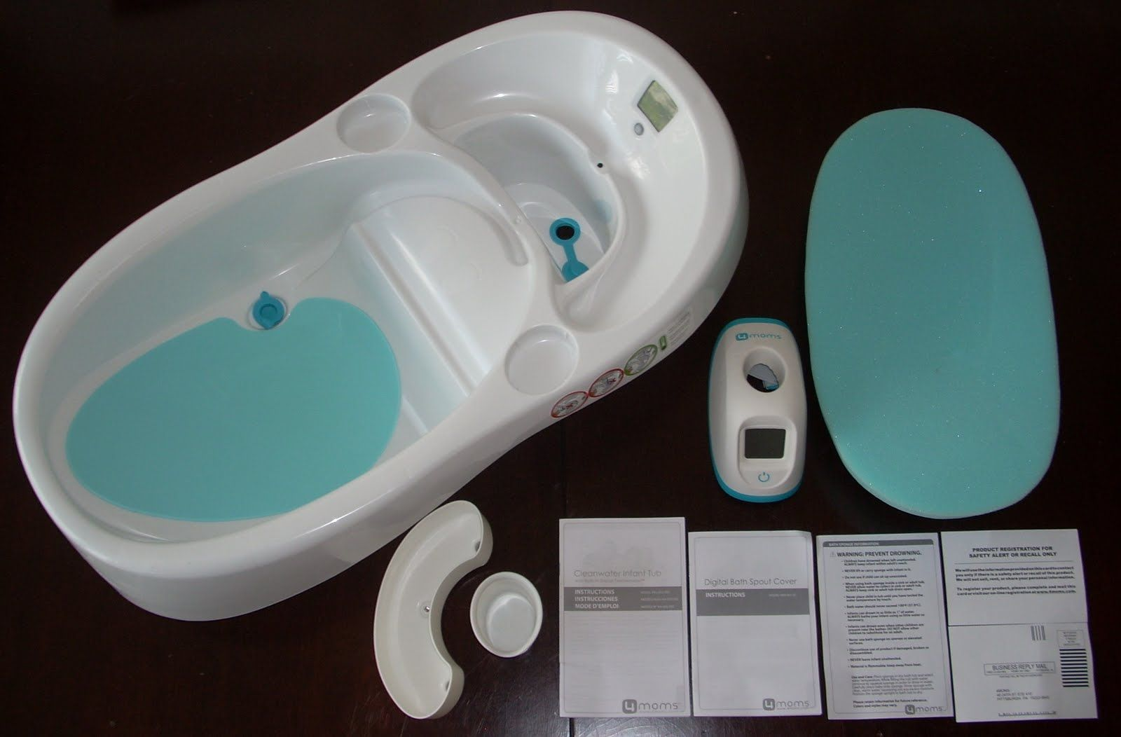 pictures 011 4moms infant bath tub. It includes a Built-in digital ...