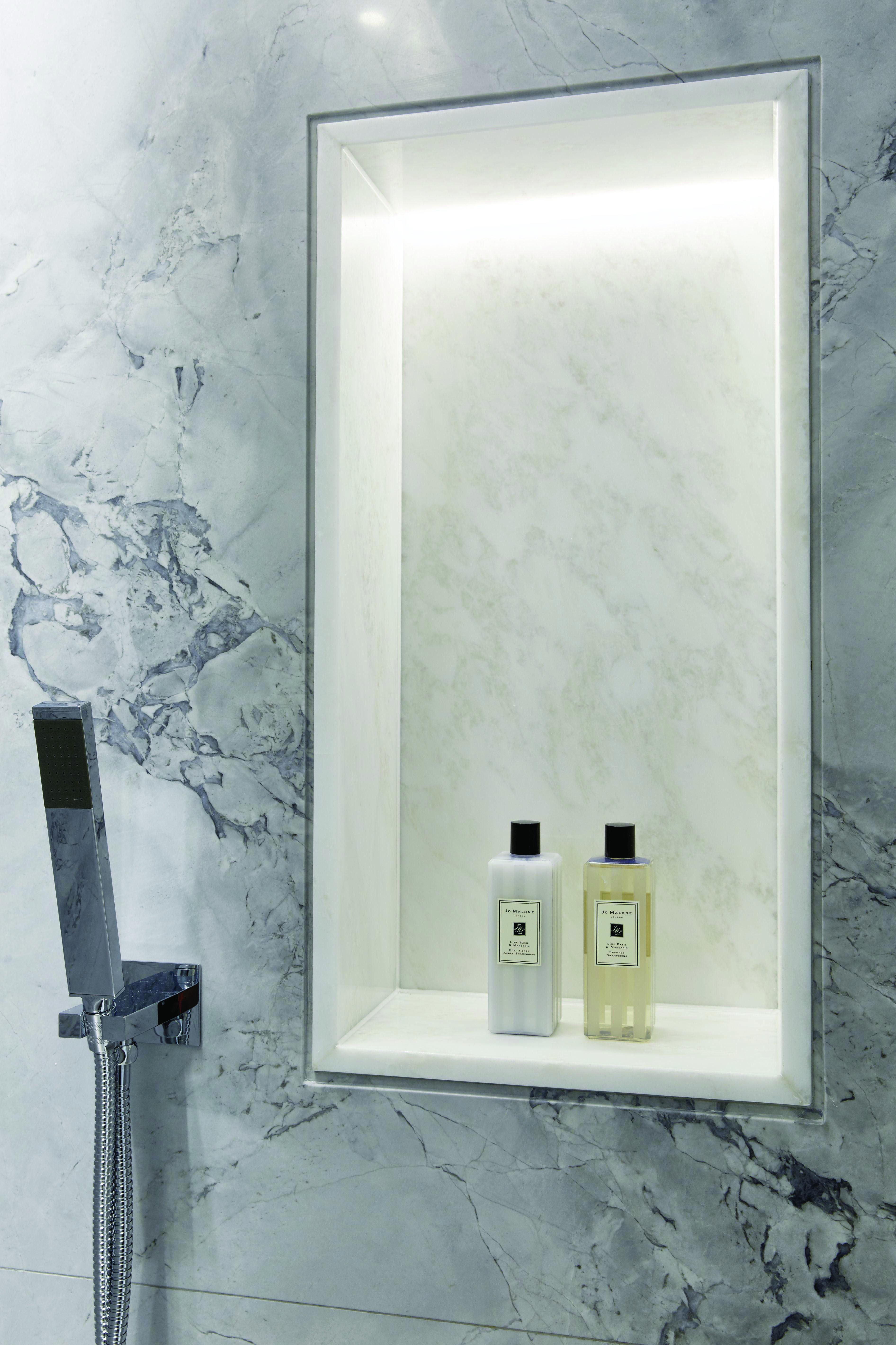 Discover Bathroom Lighting Ideas India Only In Dova Home Design Bathroomdesignindia Bathroom Inspiration Decor Bathroom Interior Design Bathroom Decor