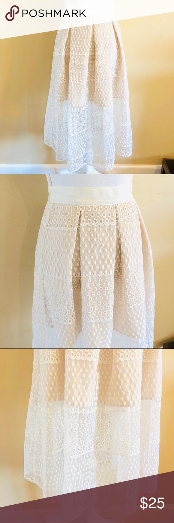 ead465b261 { GIANNI BINI } Midi Eyelet Sheer Blogger Skirt Gianni Bini Size Small  White Eyelet Sheer