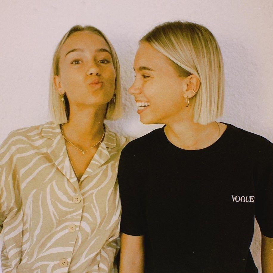 Lisa And Lena Instagram In 2020 Lisa Hair Short Hair Styles Hair Stiles