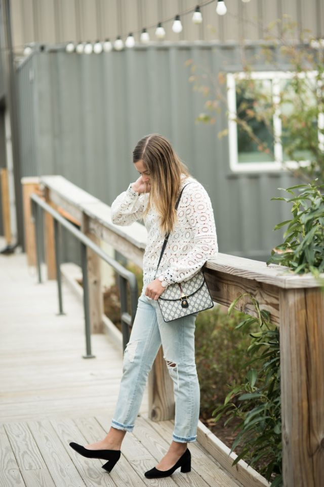 eeed395ca4 making white lace cozy for winter | SERIAL OUTFIT REPEATER | White ...