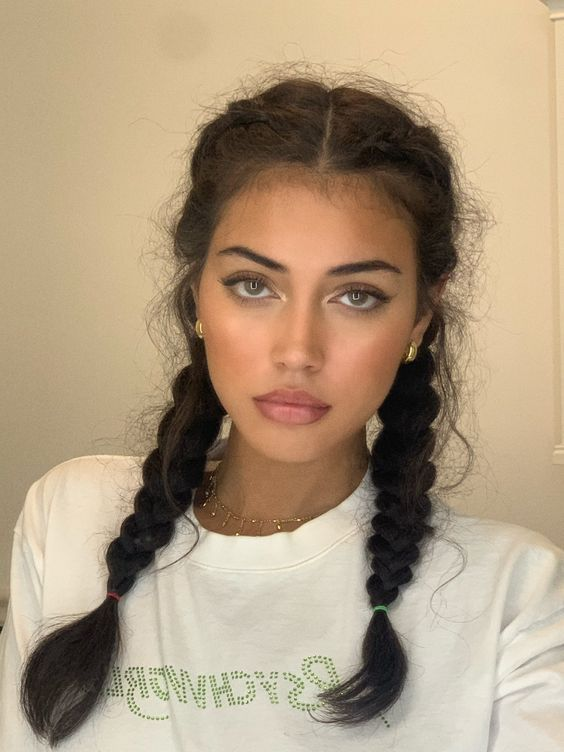 Pin By Camilla Haland On Beauty In 2020 Aesthetic Hair Hair Looks Curly Hair Styles