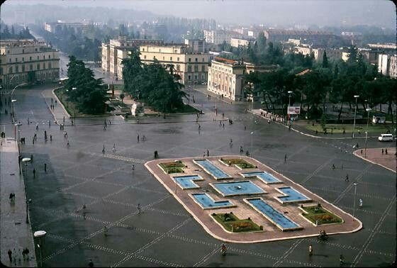 Tirana ,Foto ne vitet 80 Albania | Tirana, Tirana albania, Albania