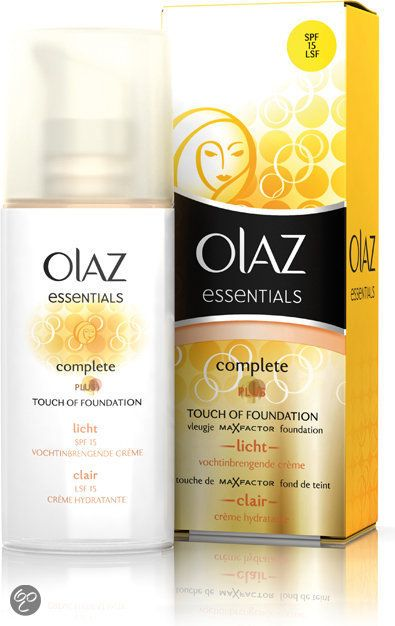 Olaz Complete Care Touch of Foundation SPF 15 50ml - Light http://www.bol.com/nl/p/olaz-complete-care-touch-of-foundation-spf-15-light-hydraterende-creme-50-ml/9200000005556974/