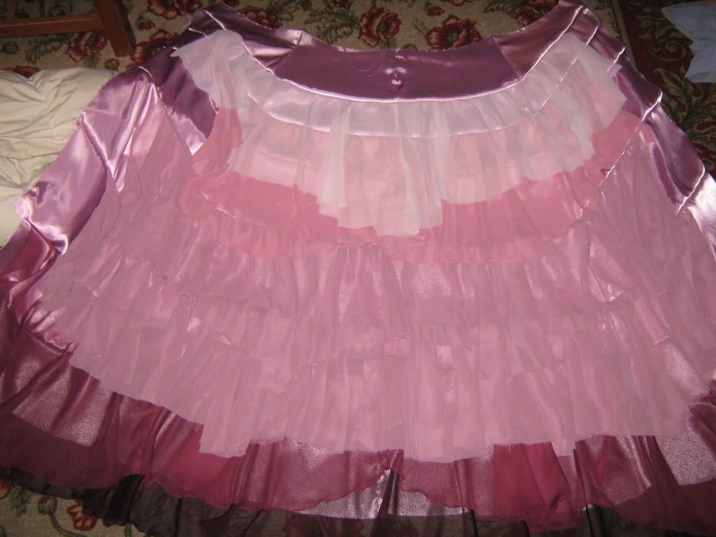 Another therpf user image of the skirt. | Hermione Yule Ball Cosplay ...