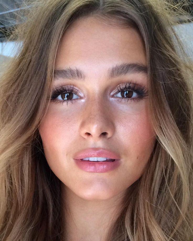 Photo of Natural no makeup makeup with bold brows, a pink lip and highlighted eyes – Wedding Inspirasi