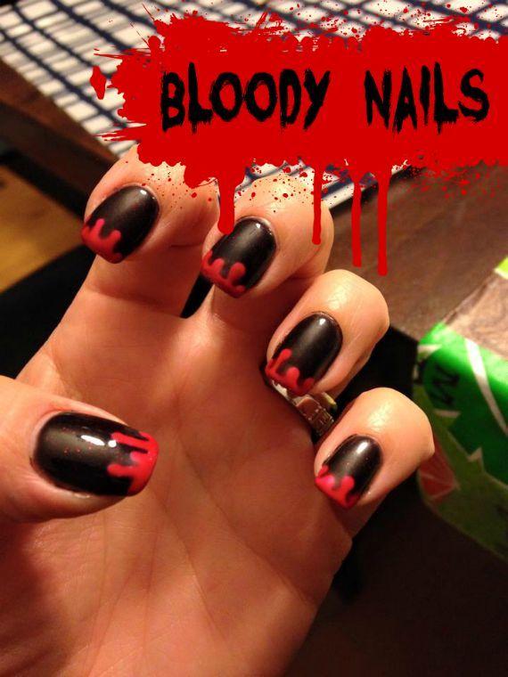 Bloederige nagels. Leuk voor Halloween om je nagels zo te lakken.