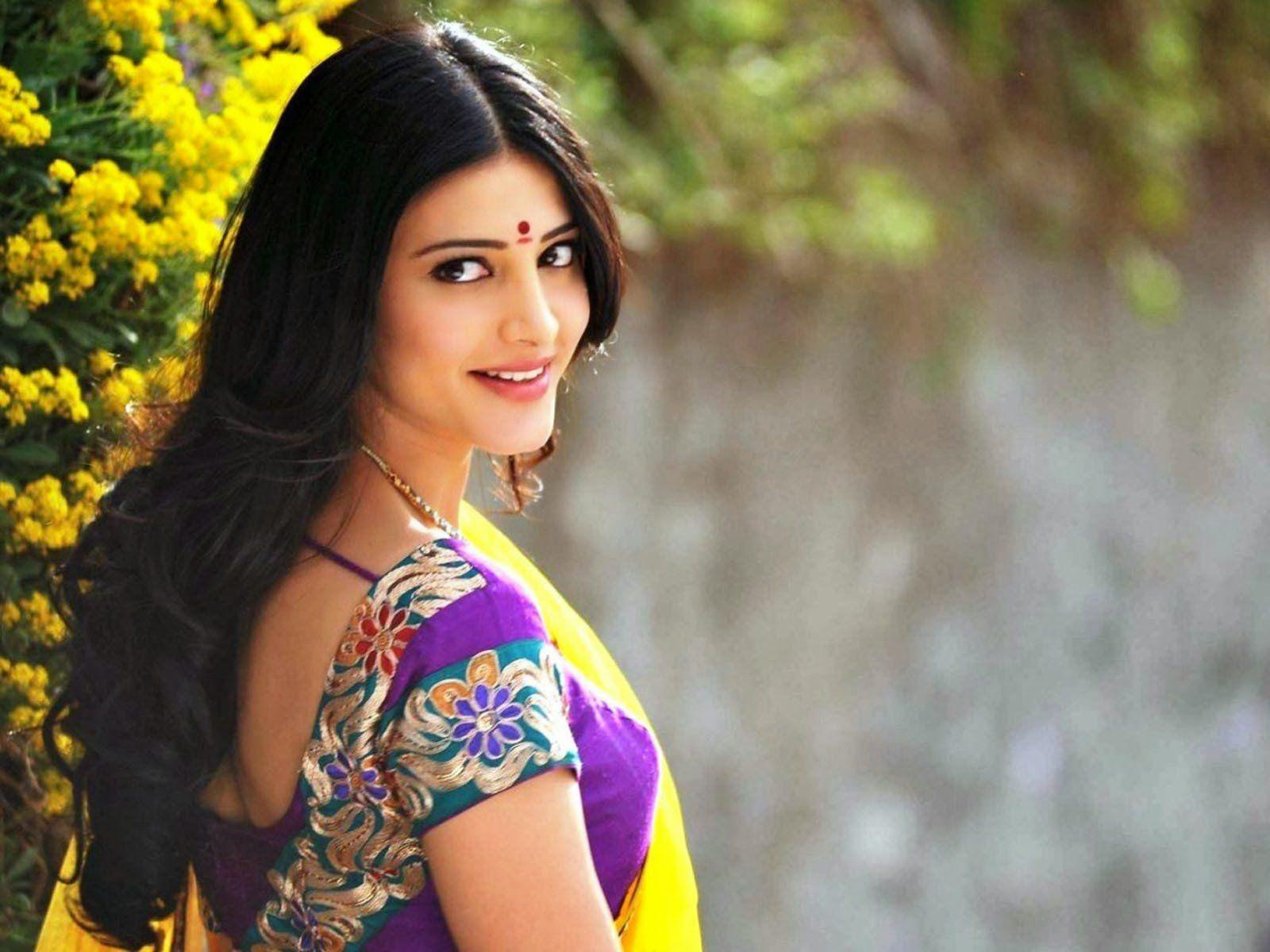 Saree Actress Hd Wallpapers 1080p Wallpapersafari Bollywood Wallpaper Shruti Hassan Actresses