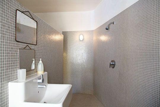 plus de 1000 ides propos de salle de bain sur pinterest dcoration de salle de bains google et coiffeuses - Salle De Bain Mosaique Blanche