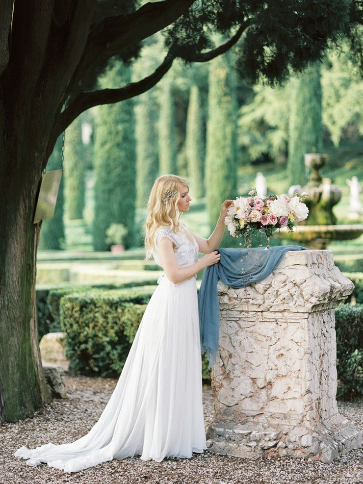 Romantic Verona Wedding Shoot in soft pinks and ivory colours