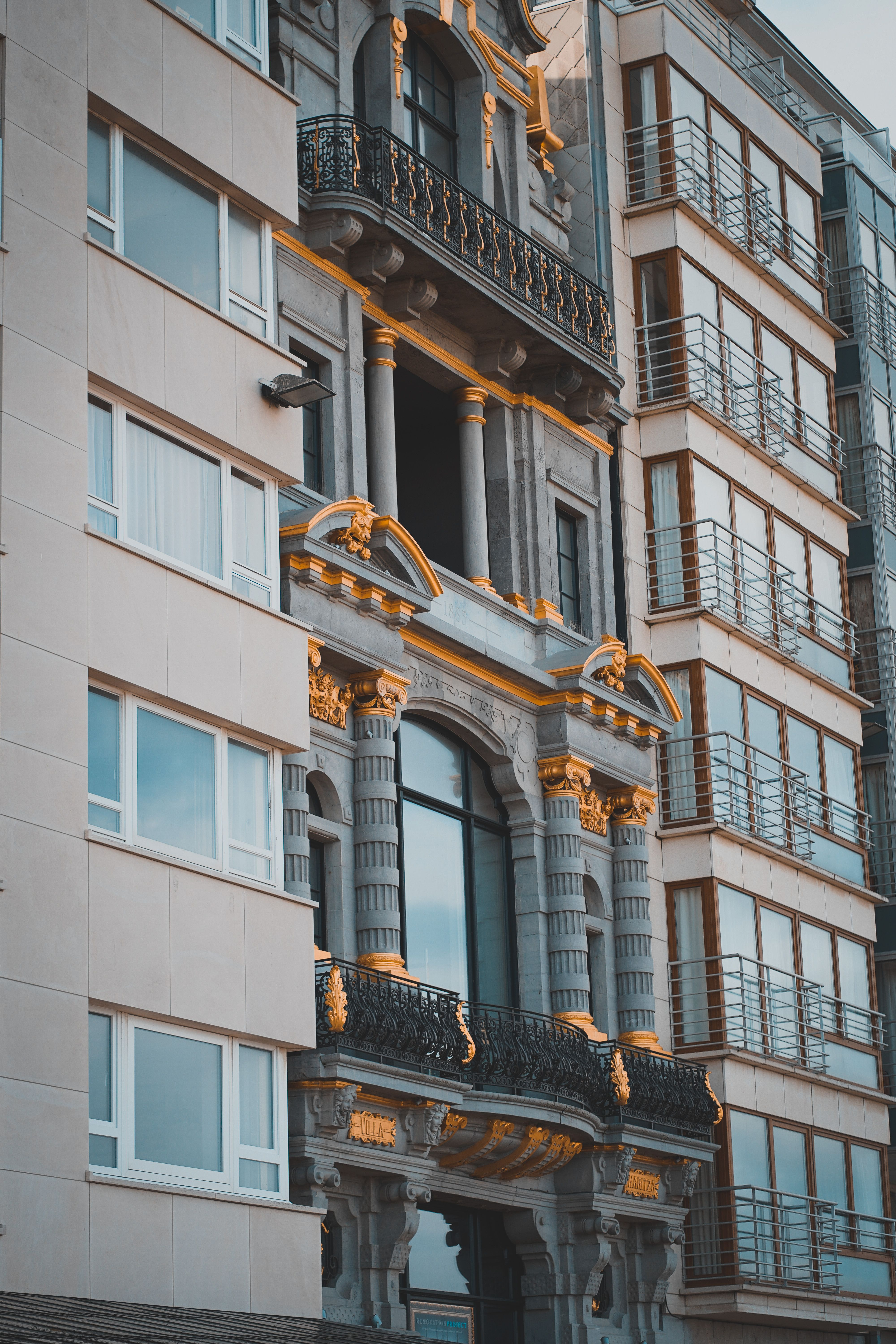 Photo of 4 Alarming High Heels Appearance Shallow Focus Photo Of Gray Building #building …