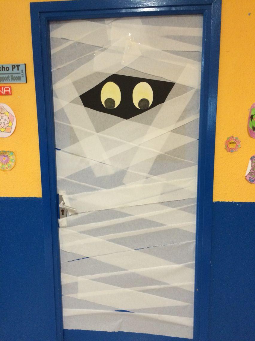 Decoraci n de puerta para halloween puertas decoradas for Imagenes puertas decoradas halloween