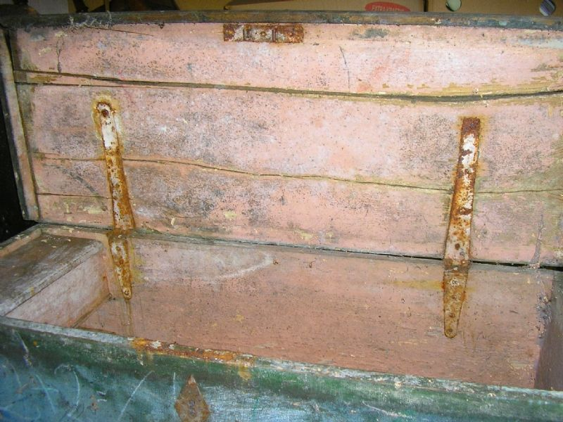 Meget gammel skibskiste