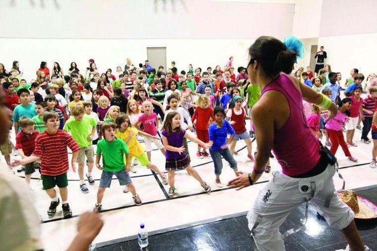 """Horizon dances the """"Zumbatomic"""" Zumba kids, Exercise for"""
