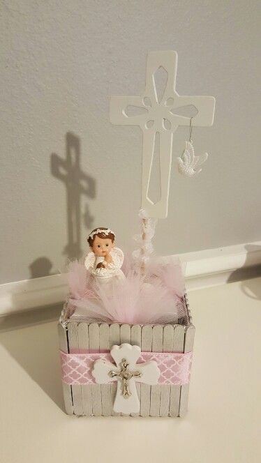 My Daughter S Baptismal Center Pieces Box Made Of Popsicle Sticks Decoraciones Bautizo Nina Mesa De Bautizo Recuerdos Primera Comunion Nino