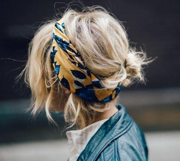 Bandana Binden Schwarze Lederjacke Blonde Haare Hochsteckfrisur Weisses Hemd Frisuren Mit Haarband Kurze Haare Frisuren Mit Bandana Haarband Frisur
