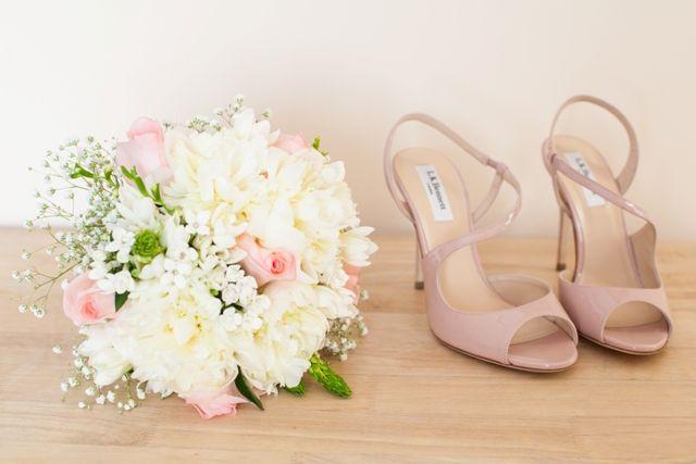 una novia en la catedral de leÓn: lara | pinterest | zapatos de