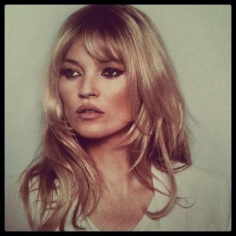 90 S Reminiscent Makeup Bardot Hair Kate Moss Hair Hair Styles