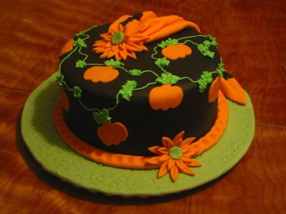 Cute Non scary Halloween Cake Decorations 4 Cake Decorations