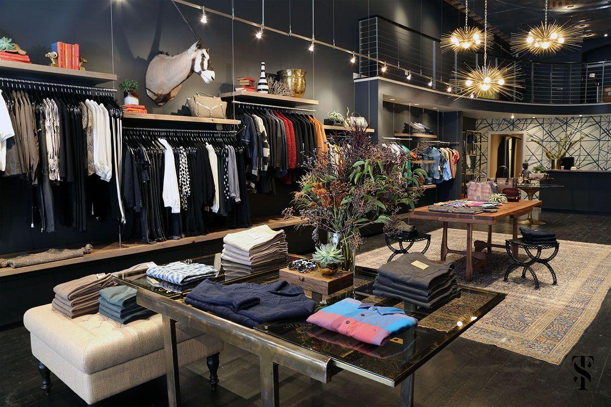 Retail Fashion Boutique With Images Retail Space Design