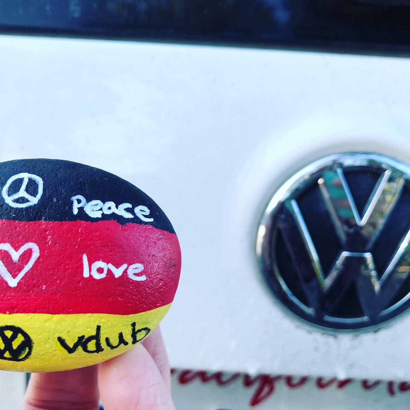 Peace Love Vdub Painted Rock With My Volkswagen Jetta Tdi Peace And Love Pet Rocks Painted Rocks
