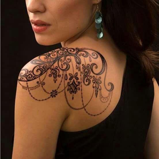Lace Swirl Chain Feminine Women S Tattoo Shoulder Tattoos For Women Cool Shoulder Tattoos Lace Tattoo