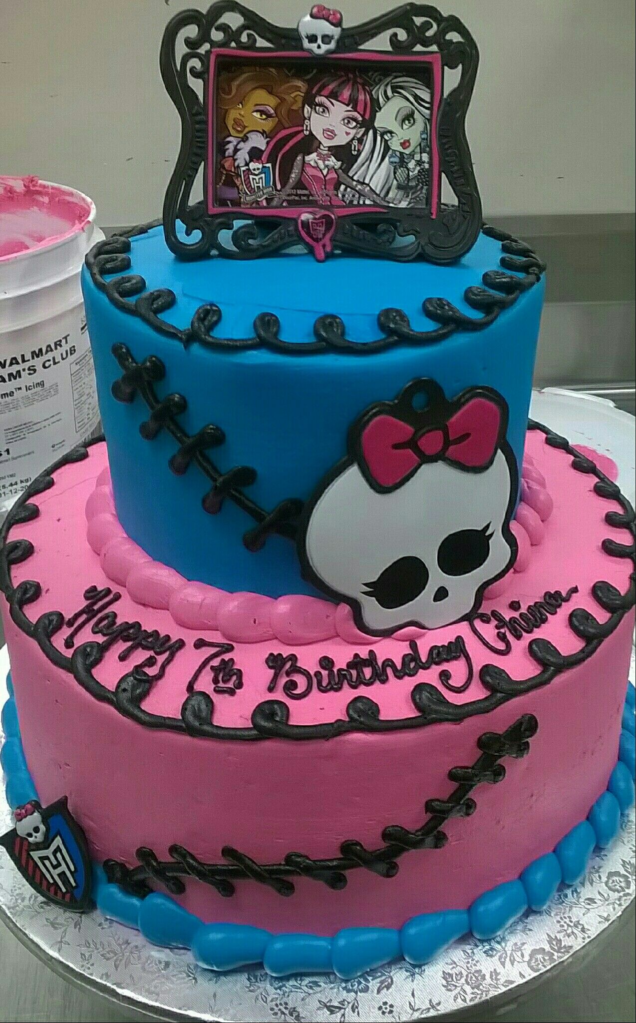 Magnificent Monster High 2 Tier Character Licensed Wal Mart Design With Personalised Birthday Cards Veneteletsinfo
