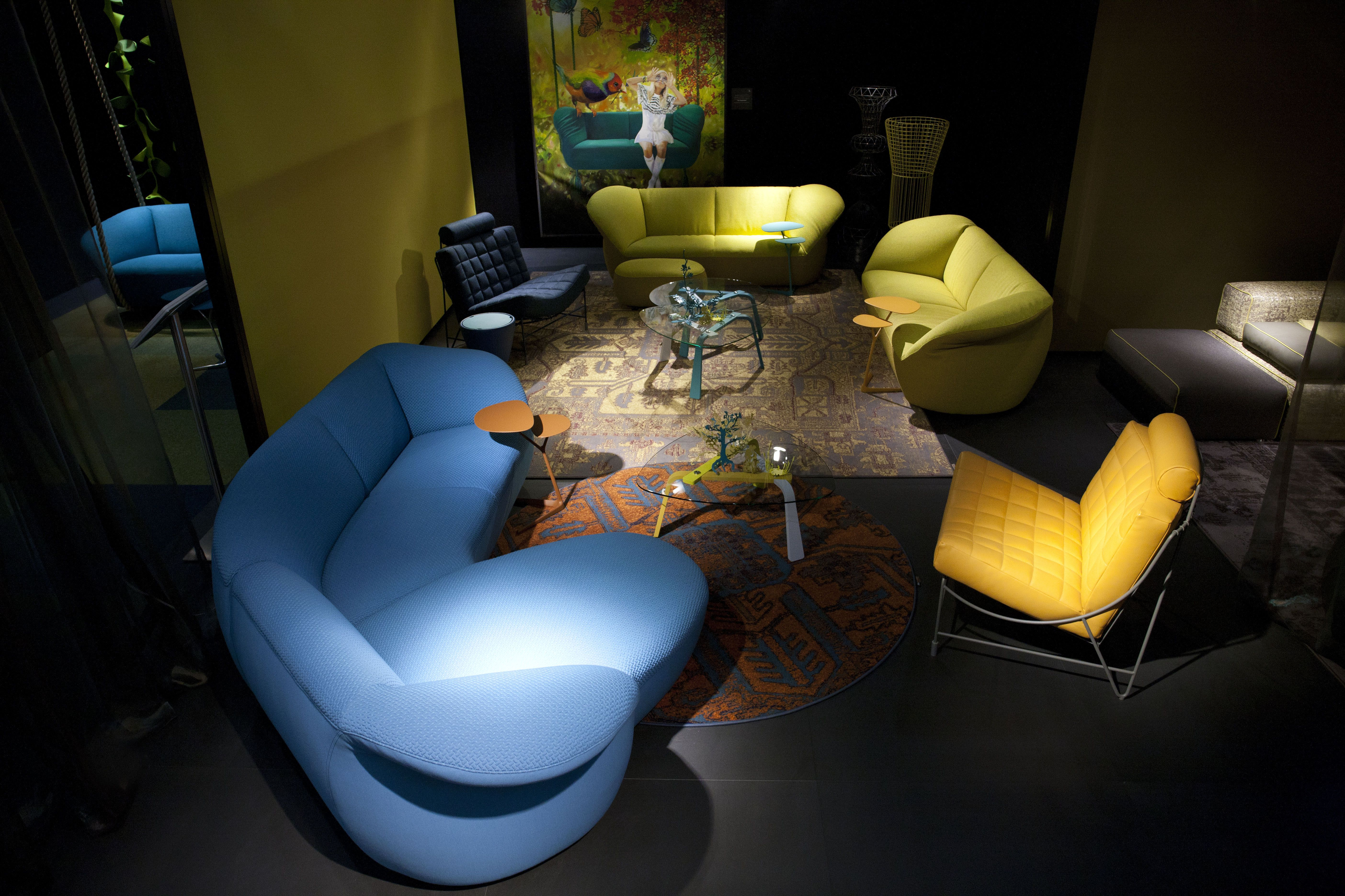 leolux at imm 2014 cologne sofas gynko chairs volare tables isis painting jane. Black Bedroom Furniture Sets. Home Design Ideas