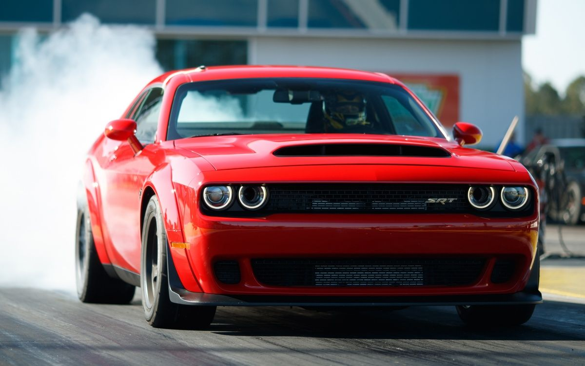 Dodge Challenger Srt Demon World S Quickest Production Car With 840 Hp 0 100 Km H In 2 3 Secs Dodge Challenger Dodge Challenger Srt Challenger Srt Demon