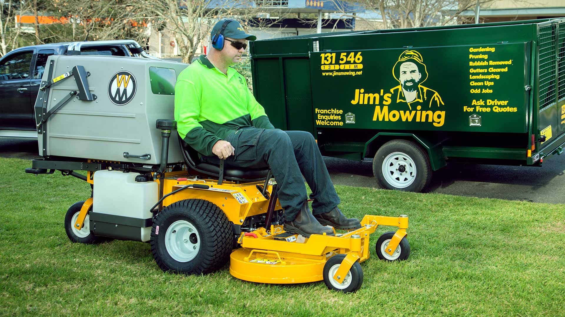 Mowing Is Not Just About Keeping Your Lawn Nice Looking It Is Also About Keeping The Grass Healthy Get Lawn Mowing Tips Lawn Mower Mowing Lawn Care Companies