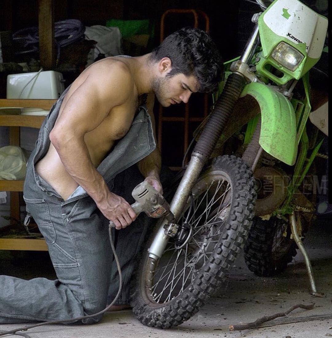 Work, work, work | Fav  Men | Paul freeman, Working people