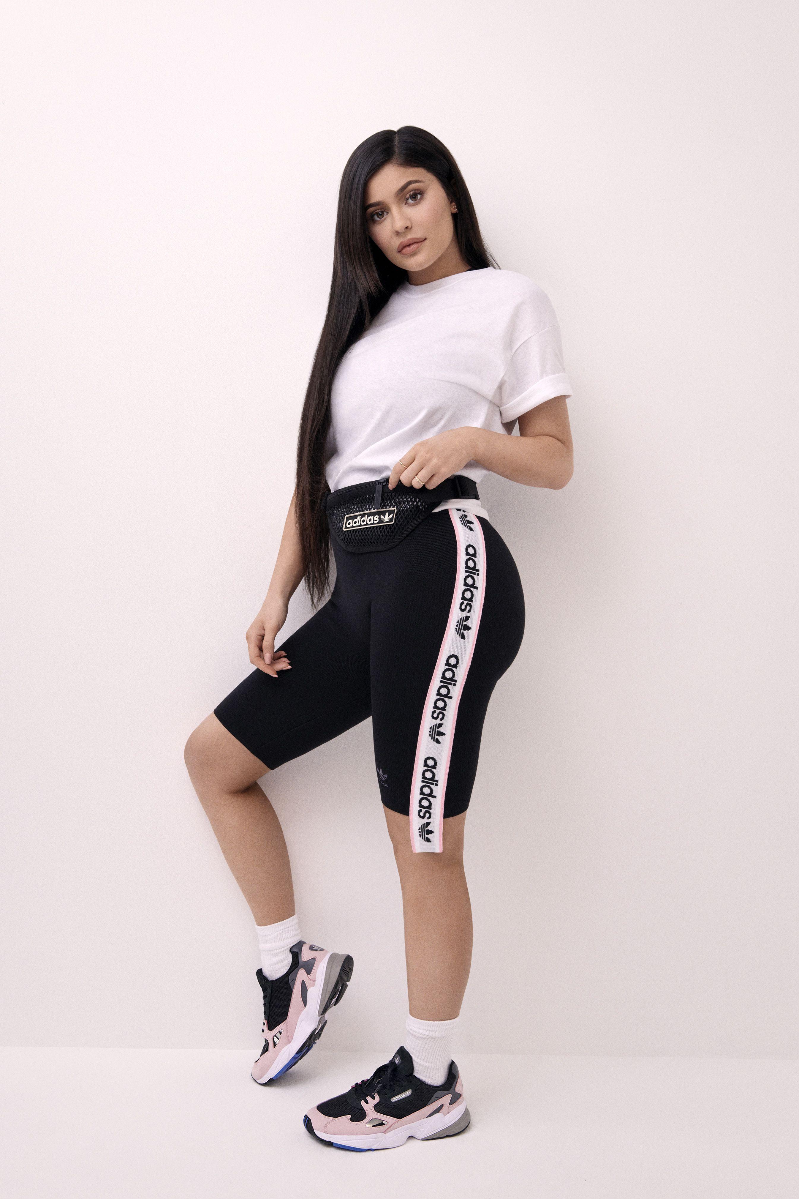 Kylie Jenner para FALCON de adidas originals | Kordon | Ropa