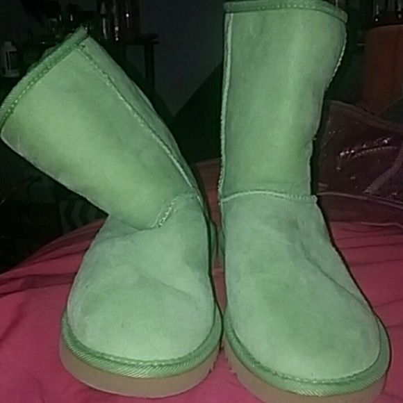 Lime green ugg boots Fun rare color! These like green ugg boots are sure to