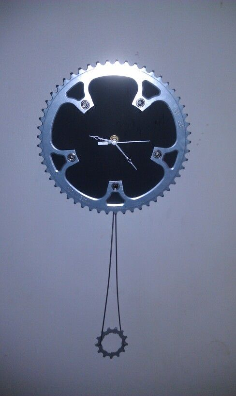 REPURPOSED BIKE PARTS TO MAKE A PENDULUM CLOCK  Gears, spokes, and