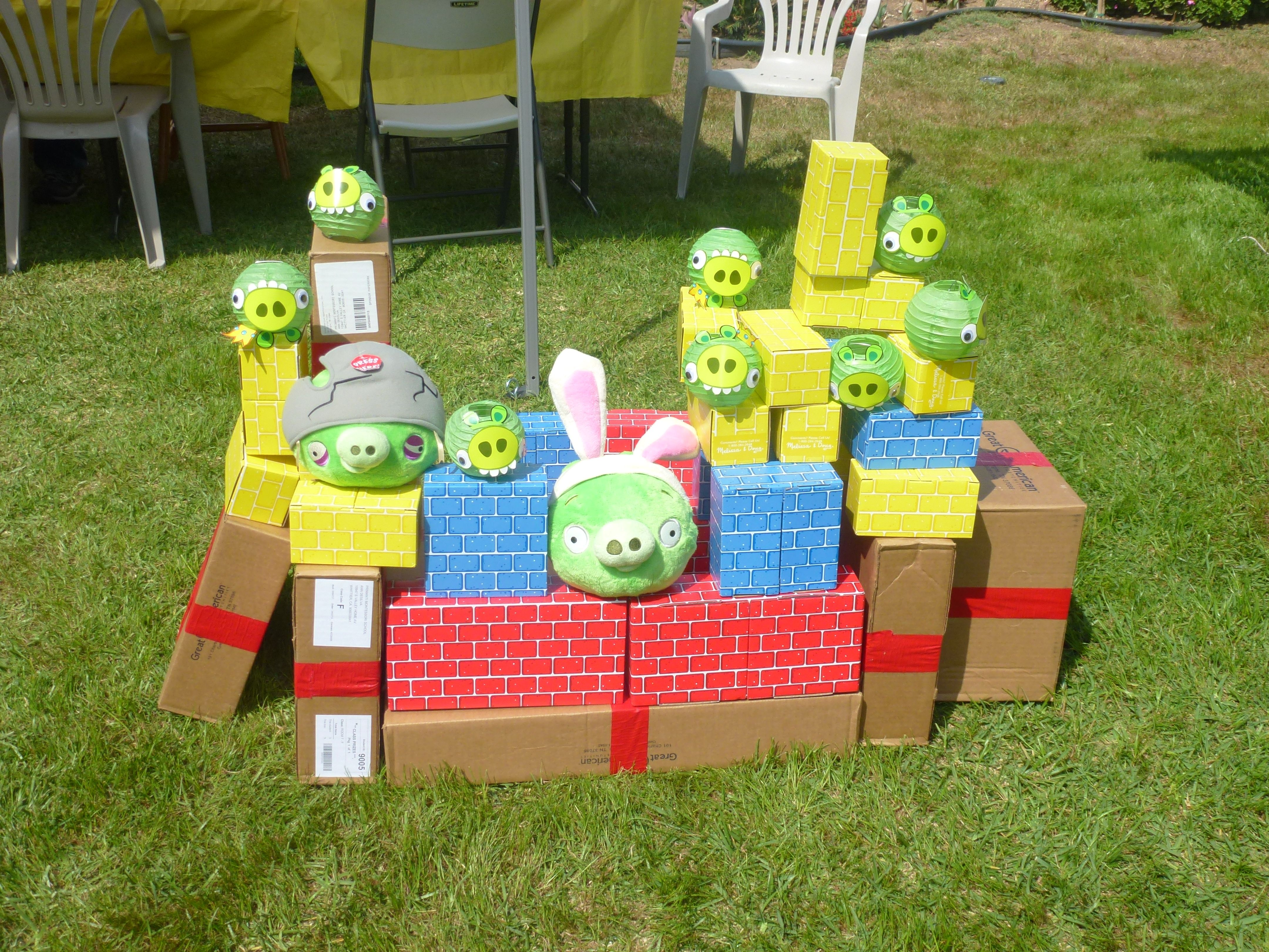 Angry Birds Brick life size game