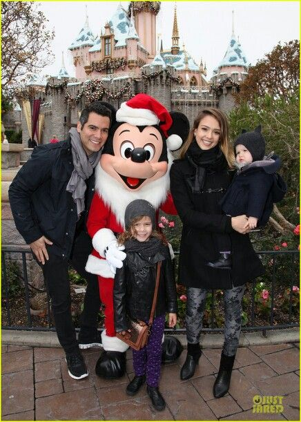 Cash Jessica Honor Marie & Haven Garner Warren at Disney world