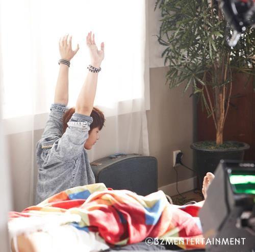 [허영생] Overjoyed중 '1,2,3' 뮤직비디오 촬영 스틸컷