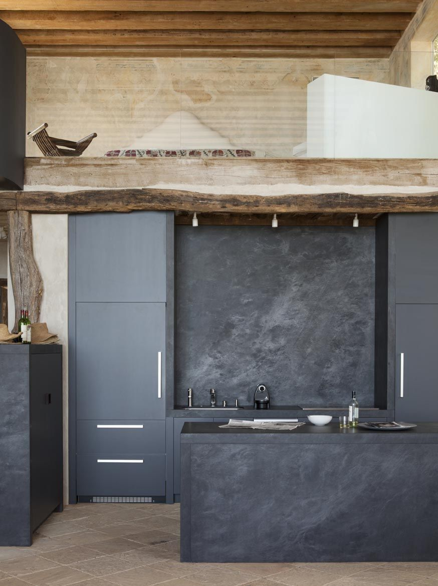 Common Kitchen Design Mistakes Overlooking Fillers And Panels: Dark Grey, Borderline Black Kitchen And Stone Splash Back